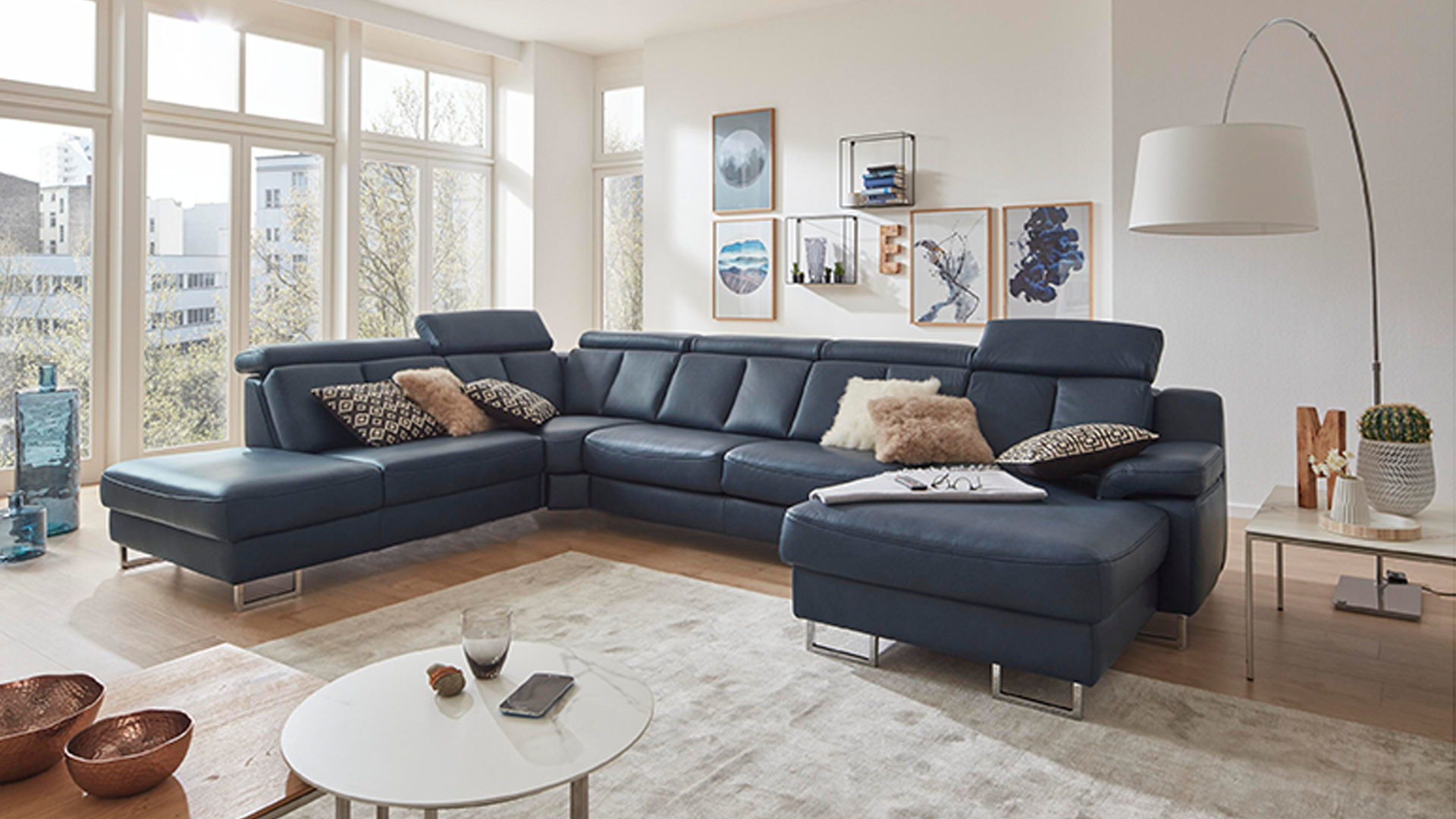 Interliving Sofa Serie 4050 Wohnlandschaft Nachtblaues Longlife Leder