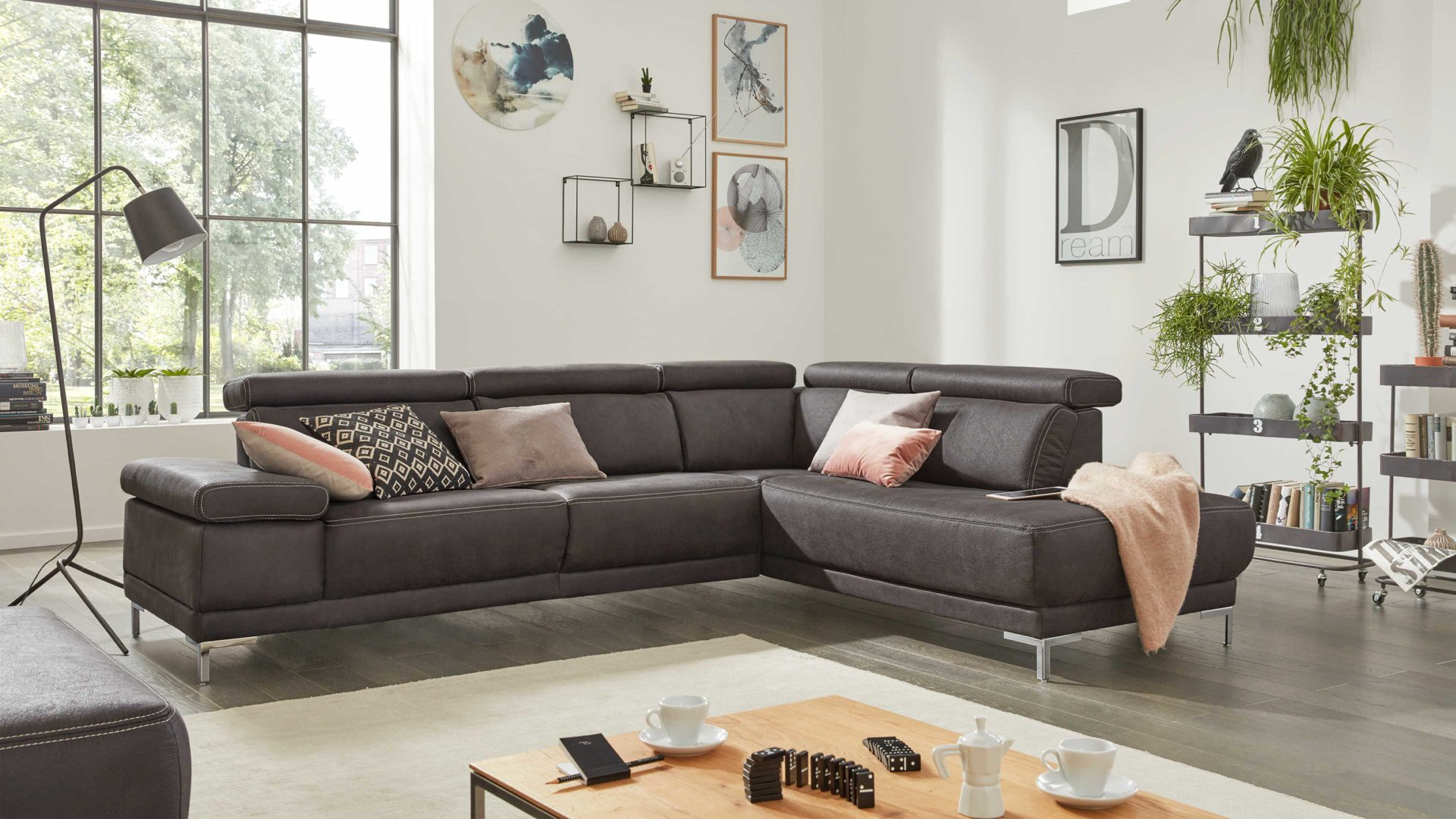Interliving Sofa Serie 4252 Eckkombination Anthrazitfarbener Stoffbezug