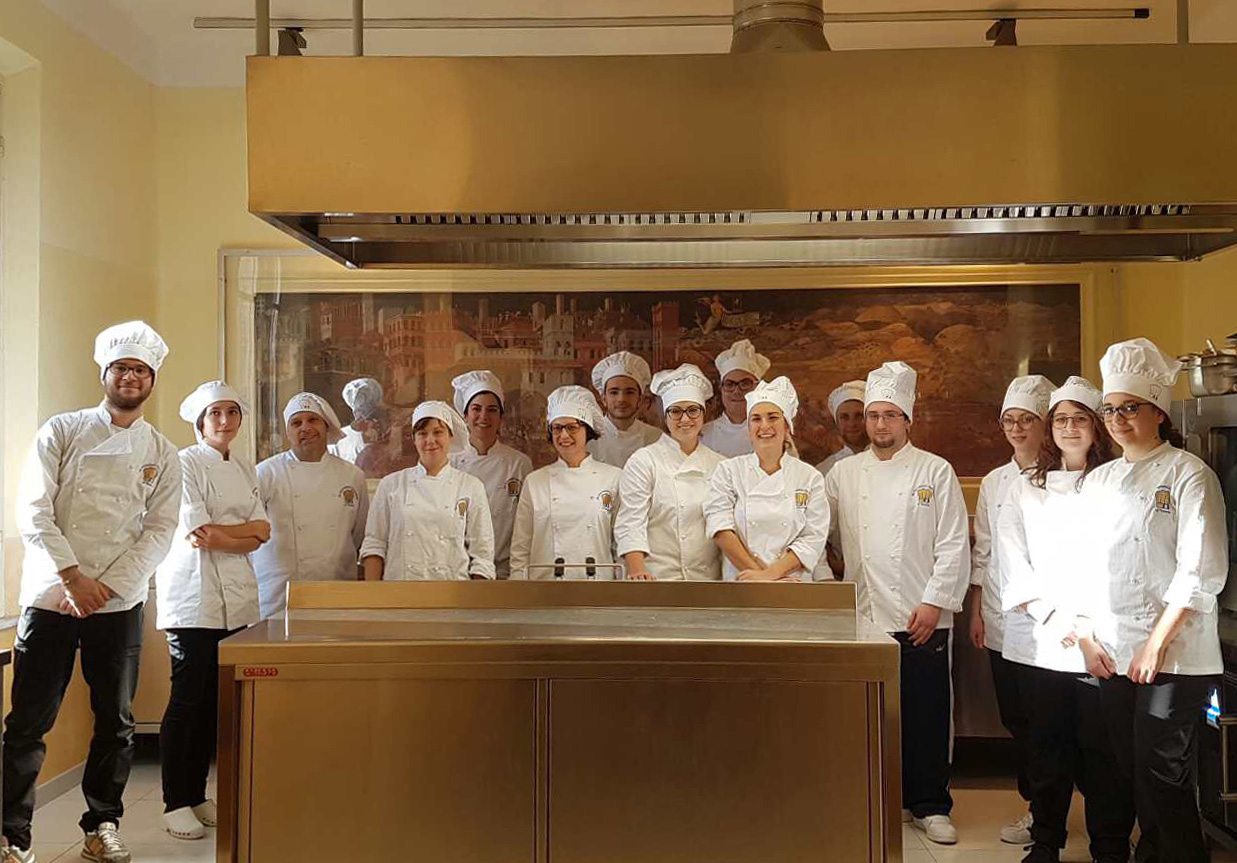 Corso Di Cucina Professionale Toscana The International Chef Academy Dove La Comunicazione Incontra