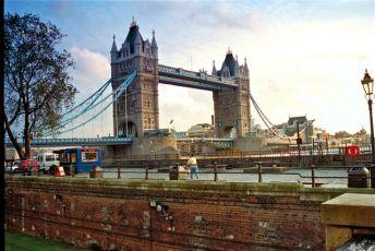 England-Thames-Bridge
