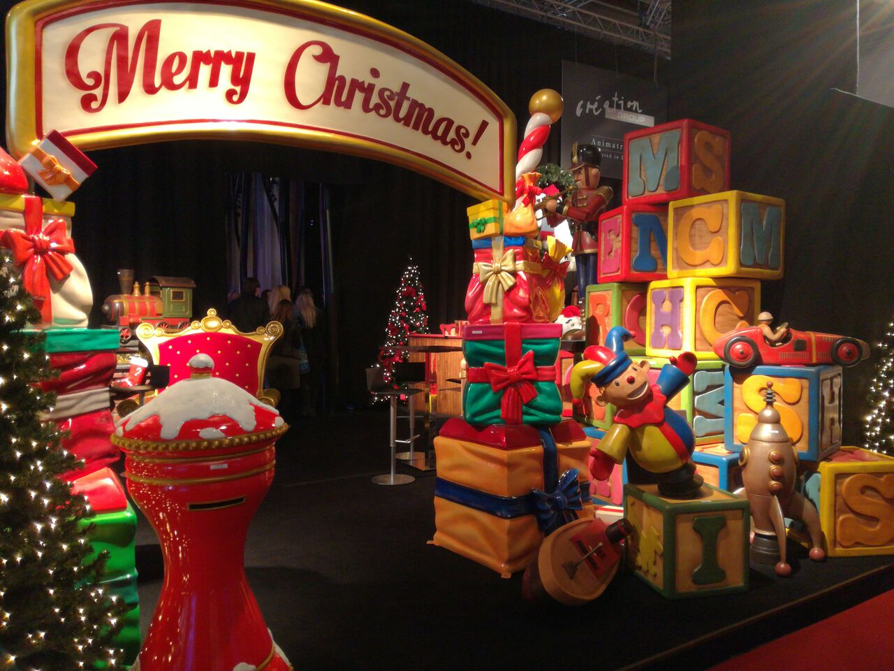 Mk Frankfurt Spectacular Christmas Themed Solutions Showcased In Frankfurt By