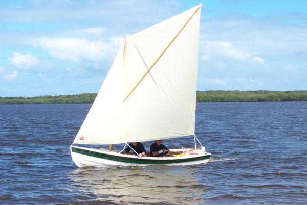 Ross Lillistone's perfect beach cruiser   intheboatshed.net