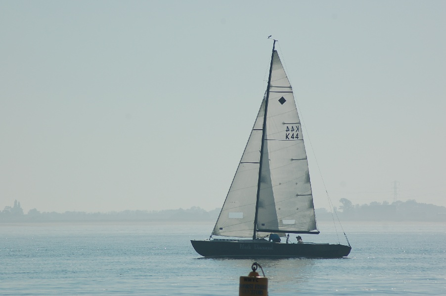 30-ft stitch and glue Yachting World Diamond racer to join the Round ...