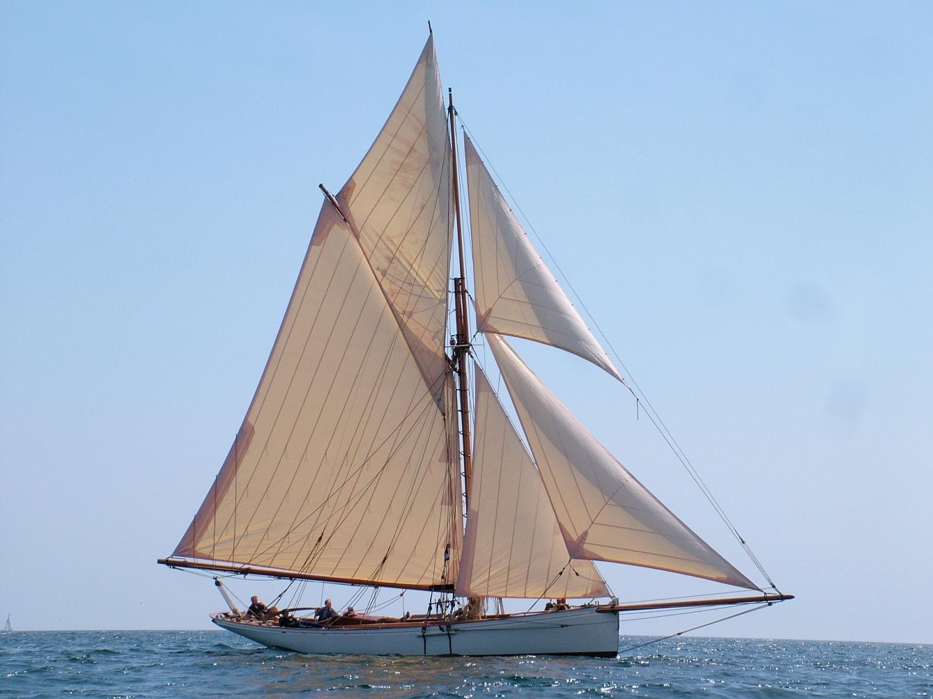 Victorian gentleman's racing cutter Integrity under sail ...