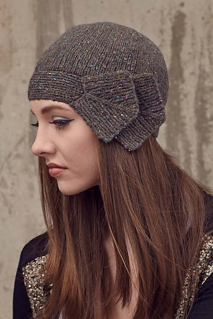 Cloche Hat Pattern Knitting : Cloche Hat Free Knitting Patterns In the Loop Knitting