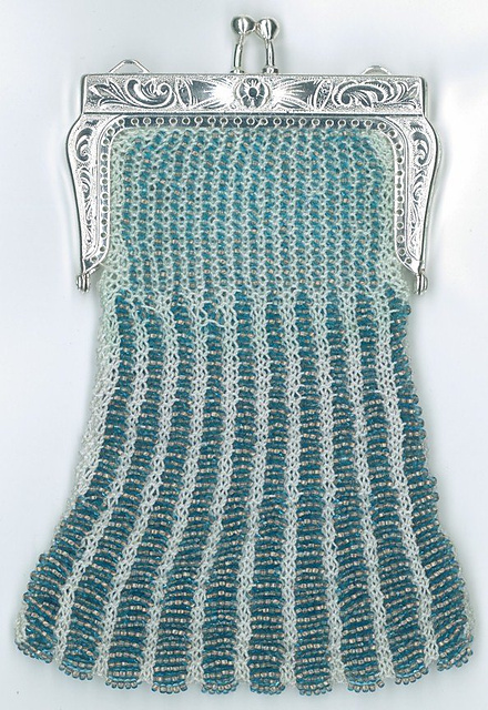 Bead Knitting Patterns Free : Bag, Purse and Tote Free Knitting Patterns In the Loop Knitting