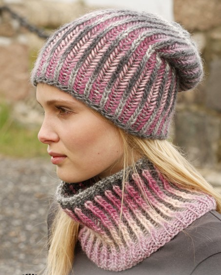 Free Crochet Pattern Multi Colored Hat : Cowl Knitting Patterns In the Loop Knitting
