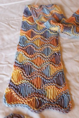Knitted Scarf Patterns With Variegated Yarn : Multi-colored Yarn Free Knitting Patterns In the Loop Knitting