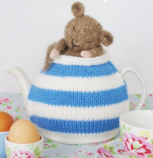 Tea Cozy Patterns To Knit : Teapot Cozy Knitting Patterns In the Loop Knitting