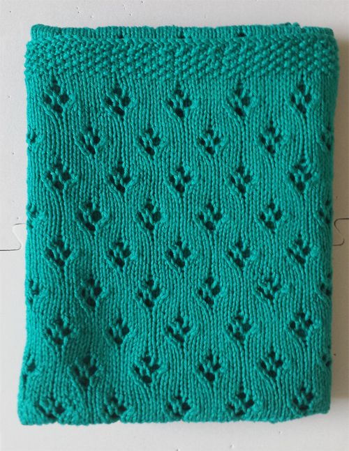 Knitting Pattern For Baby Blanket Easy : Easy Baby Blanket Knitting Patterns In the Loop Knitting