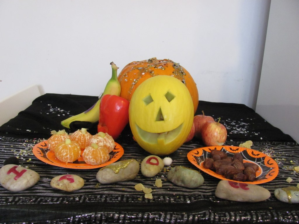 spooky fruit table