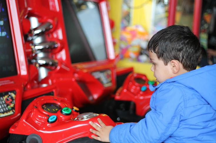 parkdean cherry tree arcade games