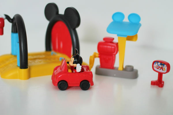 mickey mouse clubhouse soap n suds carwash