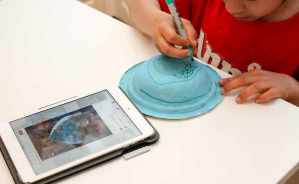 using the ipad to copy design of the blue turkish mosque