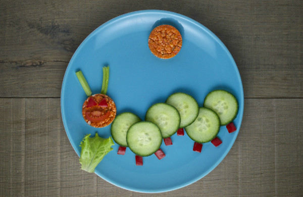 healthy caterpillar snack for kids. Good for hungry caterpillar theme!