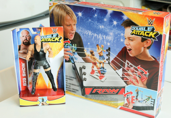 WWE double attack toys