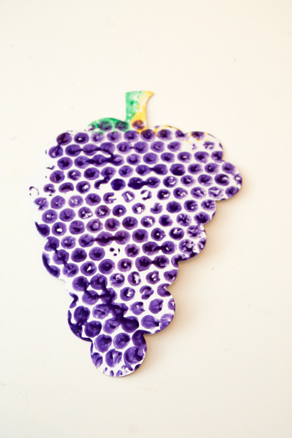 Bubble Wrap Printing grape craft for fruit and veg topic