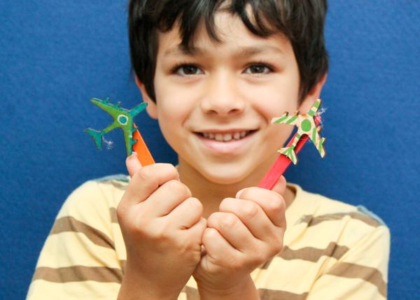 craft stick plane puppets