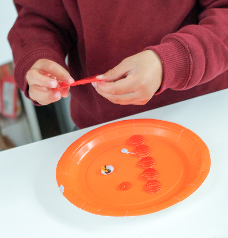 paper plate crafting
