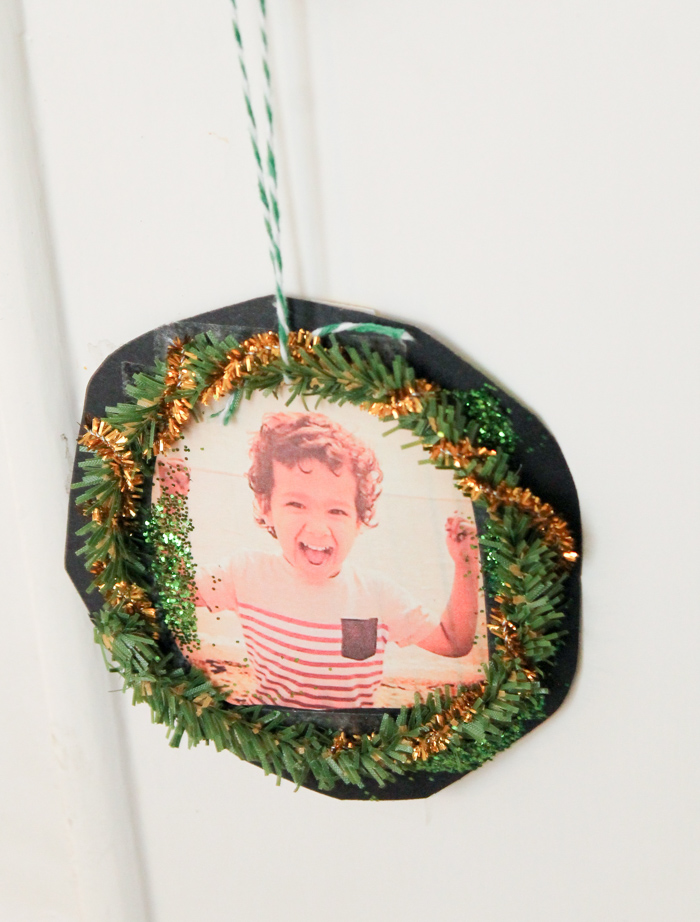 photo personalised wreath ornament