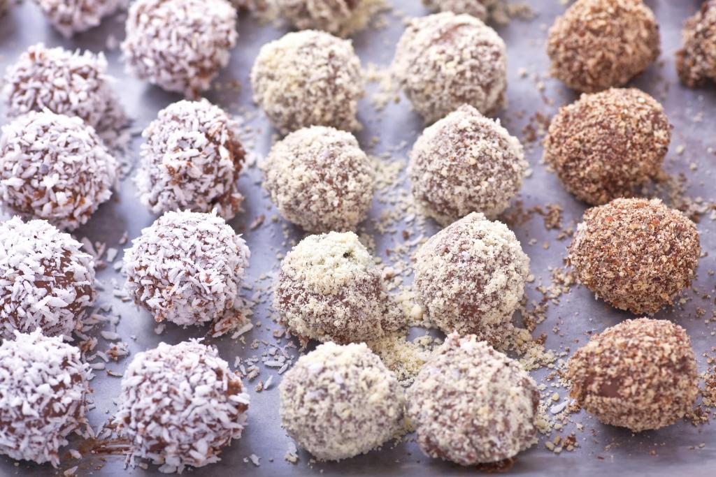 Walnut & Pecan Balls recipe