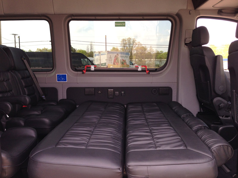 A Sofa Bed Mercedes-benz Sprinter 170wb Pas