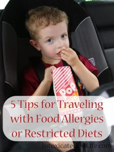 5 Tips for Traveling with Food Allergies or Restricted Diets