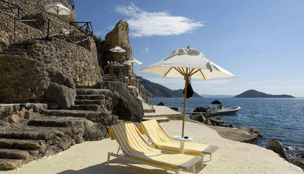 Terrace Beach Pellicano