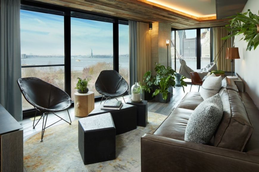1_hotel_brooklyn_bridge_suite_living_space_hi