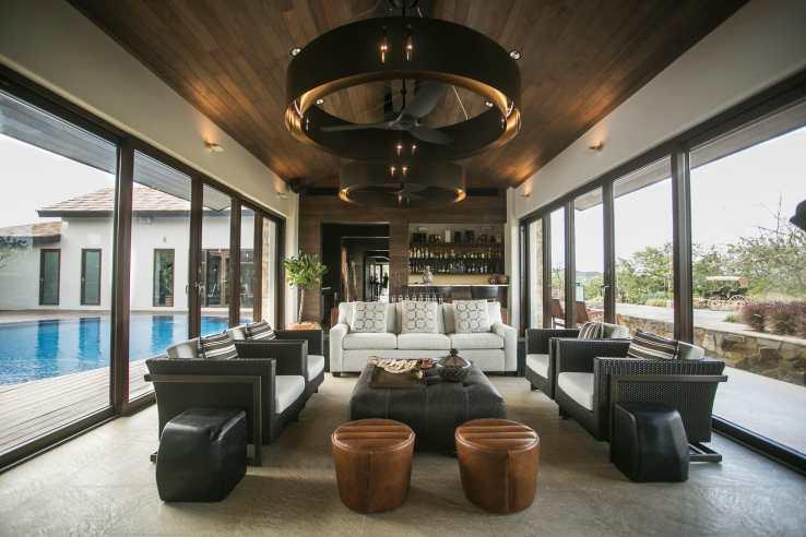 Main Living room Bar club house-X3