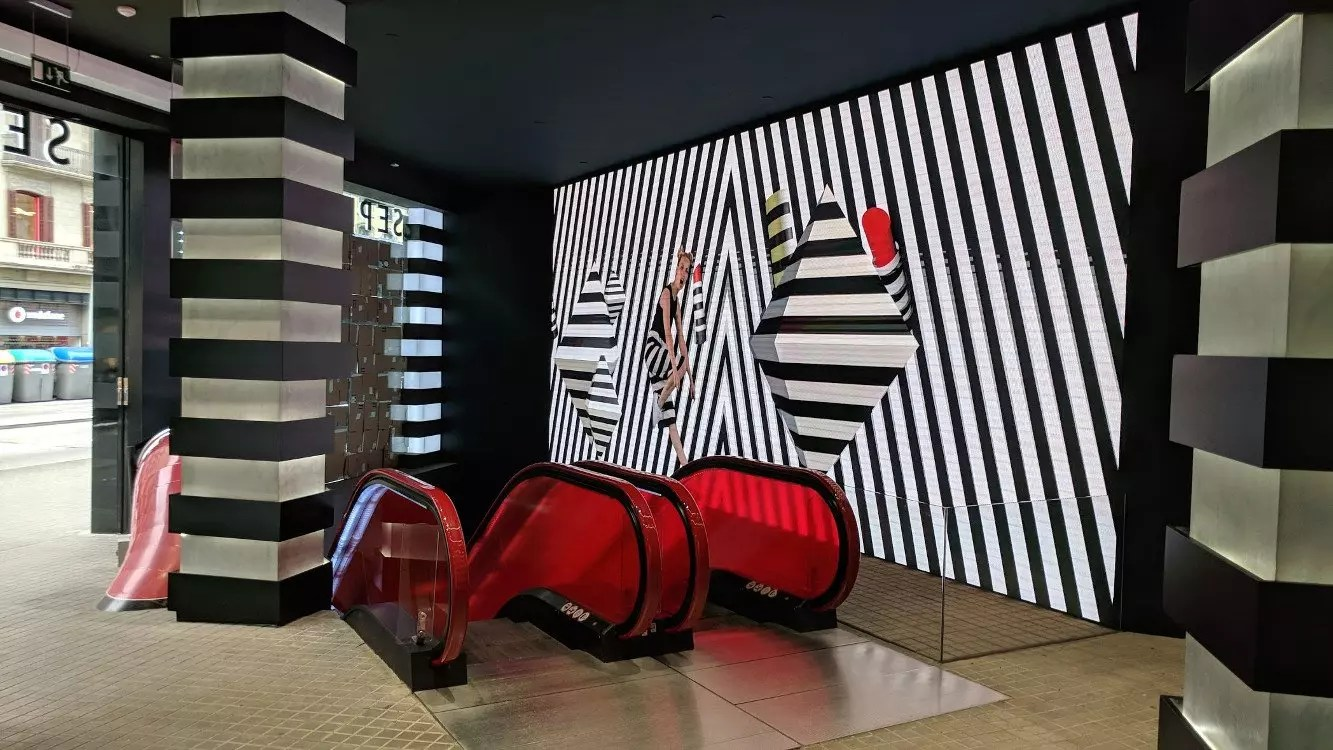 Led Tageslicht Barcelona Store-check: Sephora Beauty Fun-park Ist Das