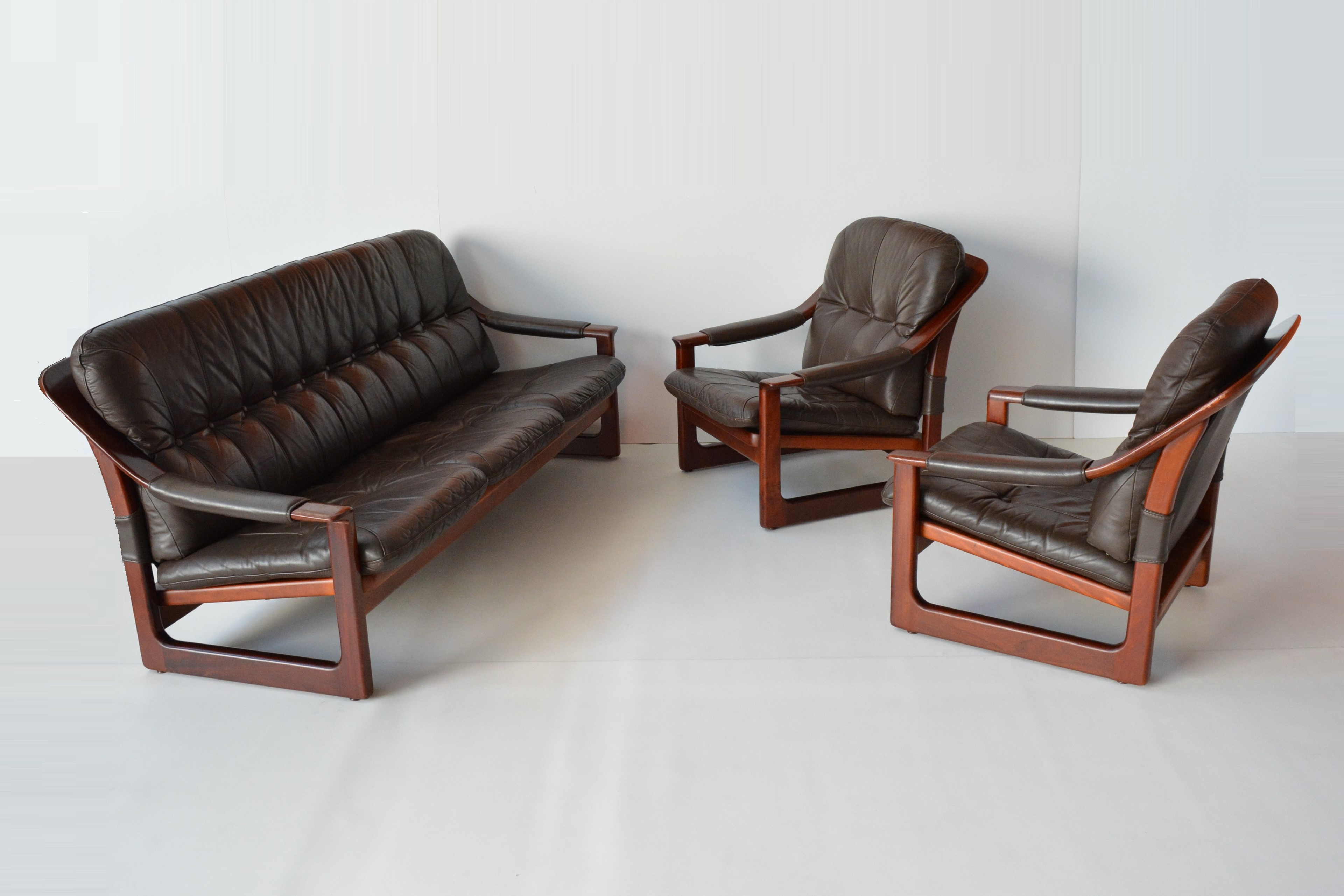 Pair Tessa Leather Sling Lounge Chairs Retro Leather Chairs Vintage Danish Chairs Invisedge