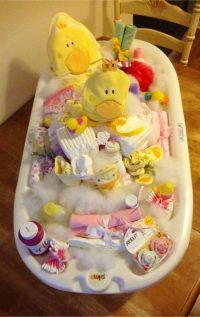8 Affordable & Cheap Baby Shower Gift Ideas For Those on a ...