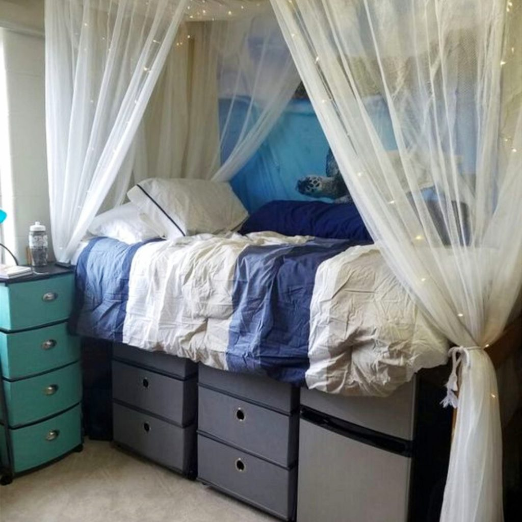 Assorted Easy Ways To Make Your Dorm Room Seem Bigger Diy Dorm Room Ideasand Diy Dorm Room Ideas Dorm Decorating Ideas S 2018 Diy College Dorm Diy College Dorm Storage bedroom Decorate College Dorm