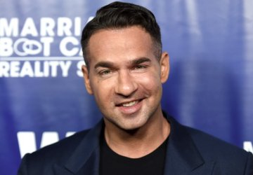 jersey shores mike sorrentino to plead guilty to tax fraud