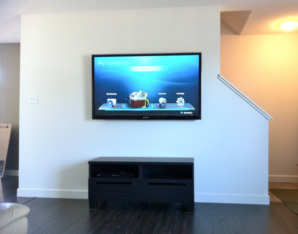 How To Put A Tv On A Wall At First Glance Wall Mounting A Flat Screen Tv Seemed