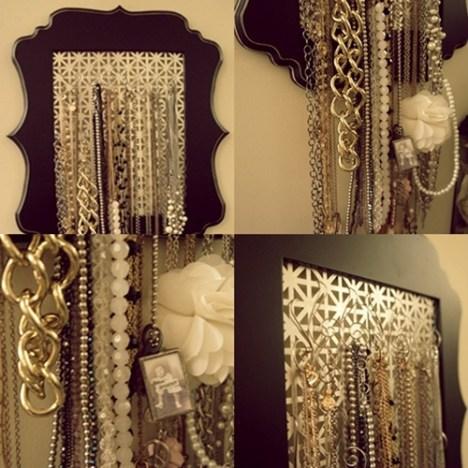 DIY jewelry organizer // LLinaBC.com
