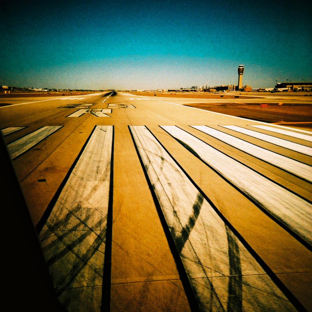 3d Galaxy Wallpaper Hd Orange Airport Ipad Wallpaper Download Free Ipad