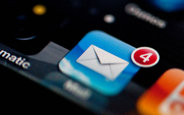 iPhone-email-account