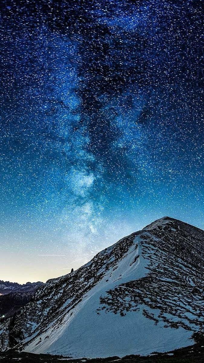Wallpaper 4k Samsung Galaxy S8 Girls Milky Way Galaxy View From Mountain Iphone Wallpaper