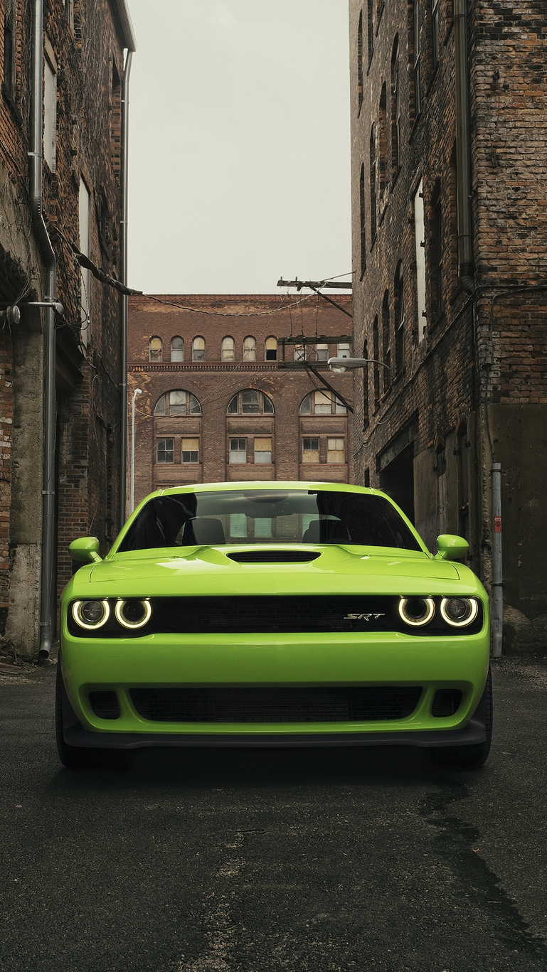 Desktop Wallpaper Full Screen Girls Dodge Challenger Srt Hellcat Iphone Wallpaper Iphone