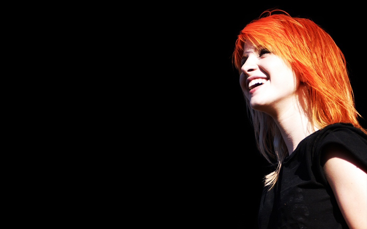Hayley Williams Cute Wallpaper Paramore Hd Wallpapers Gallery Flash Hd Wallpapers