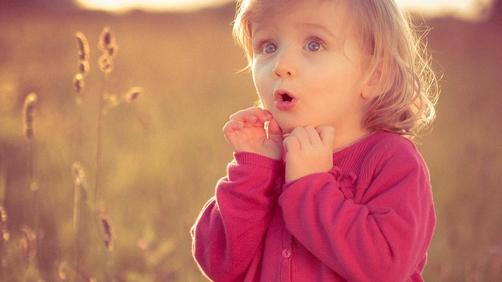 Cute Little Baby Girl Wallpapers Cute Baby Girl Wallpaper Hd Description 22090 Wallpaper
