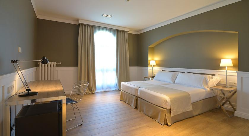 Three Star Hotel In 3 Star Hotels Barcelona - Book Online Best Price Three
