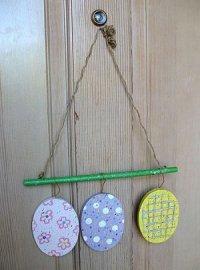 Easter Egg Door Decoration | FaveCrafts.com