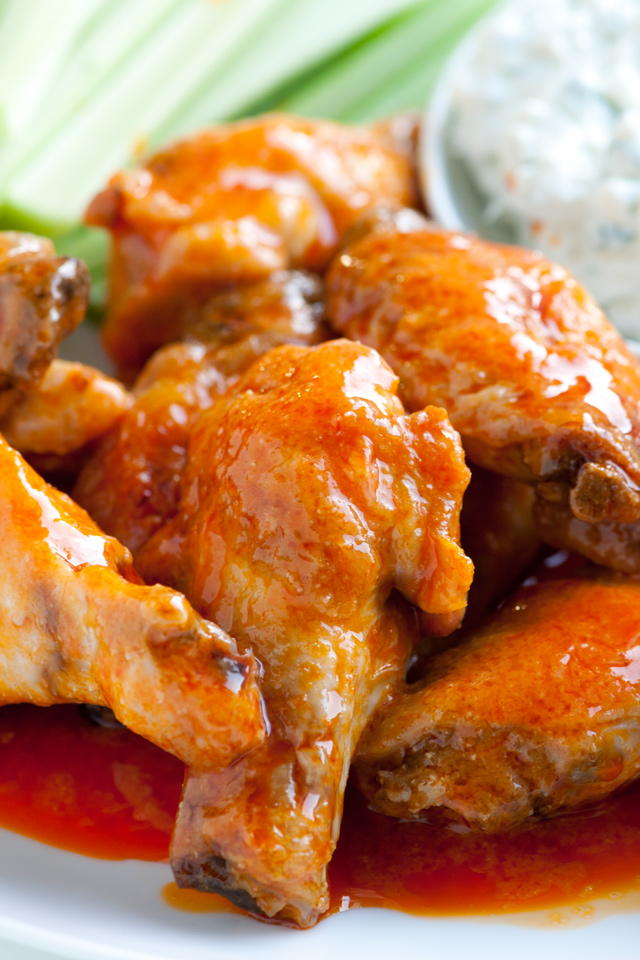 Super Easy Hot Wings Recipelion