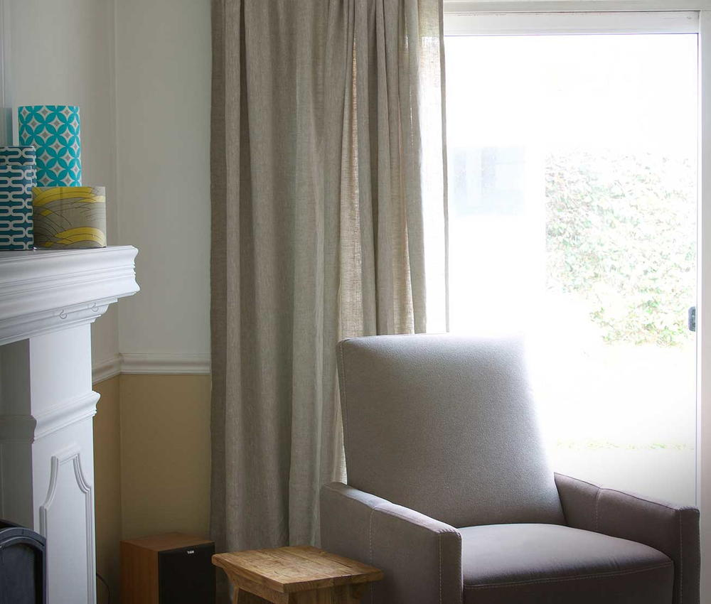 Living Room Decor Pillows Linen Diy Curtains | Diyideacenter.com