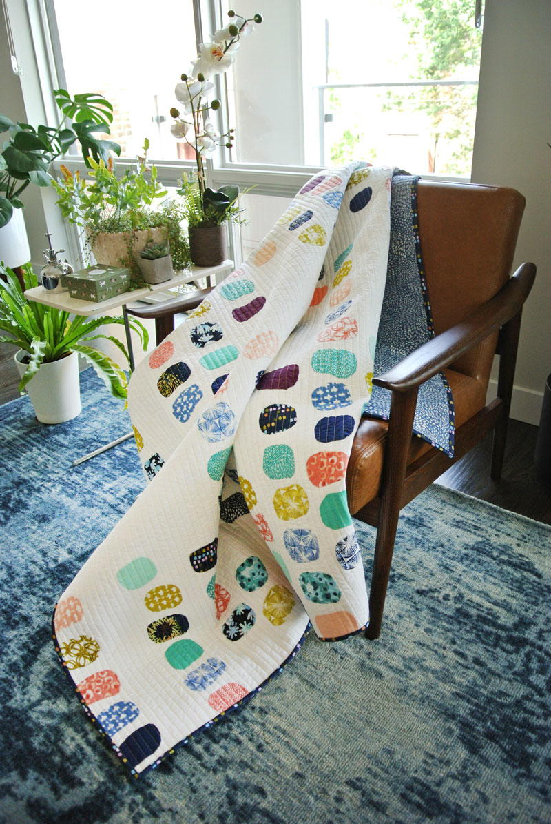 Baby Bed Aria Watercolor Quilt Pattern | Favequilts.com