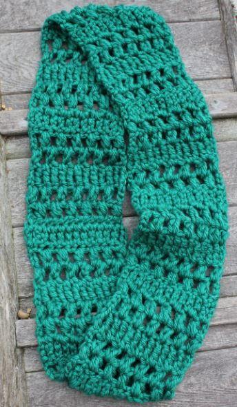 Quick Crochet Infinity Scarf