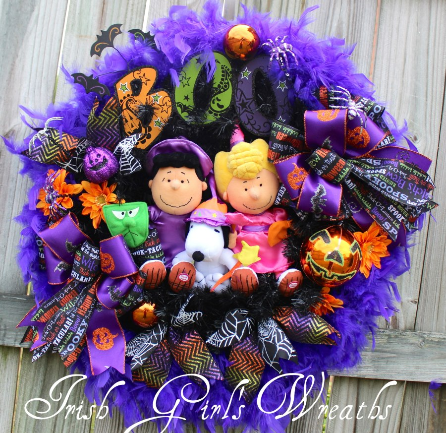 Peanuts Lucy, Sally and Snoopy BOO It's Halloween Wreath